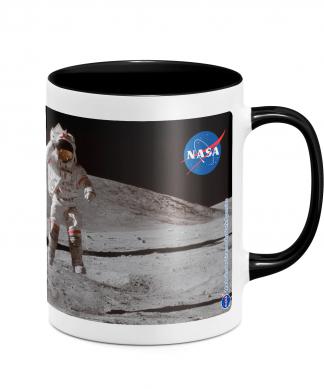 NASA Moon And Flag Mug - White/Black chez Casa Décoration