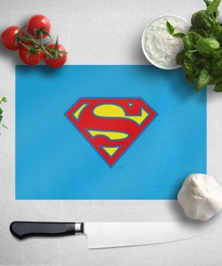 Planche à découper Supergirl chez Casa Décoration