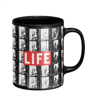 LIFE Magazine Film Strip Mug - Black chez Casa Décoration