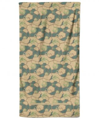 Jurassic Park Shell And Dino Heads Bath Towel chez Casa Décoration