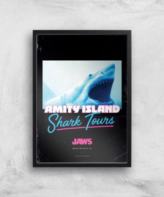 Les Dents de la Mer Amity Island Shark Tours Affiche - A4 - Black Frame chez Casa Décoration