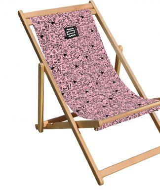 Decorsome Jaws Pink Doodle Deck Chair chez Casa Décoration
